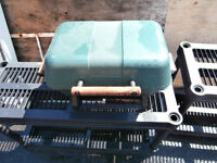 1 small bbq electrical nice and fast cooking $25 450-628-4656 51