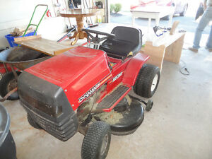 Murray Ride on lawn mower 1238
