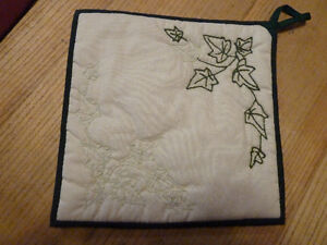 Hand made set of 2 hot pads embroidered with ivy and tea kettle Kingston Kingston Area image 3