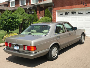 Meticulous 1991 Mercedes Benz 300 SE all original only 84,000 km