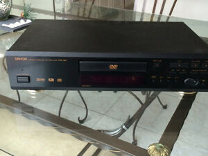 Dennon DVD 1000 player with remote