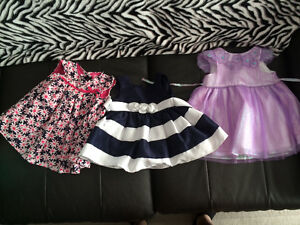 Lots of baby girl clothes!