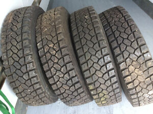 11R22.5 Michelin tires
