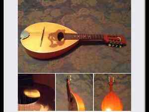 MANDOLIN FROM ROMANIA