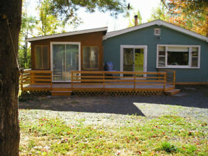 Cozy 3 Bedroom Furnished Cottage,private double lot,Seafoam