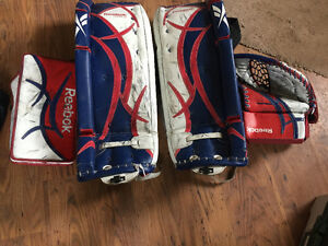 Goalie pads 28+1.  W/Matching blocker & trapper