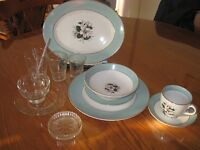 Set of Dishes 8 Places