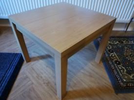 2 IKEA coffee tables
