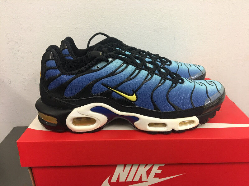 the latest c2139 b25ae ... discount nike air max plus hyper blue sz 9 mens shoes city of toronto  kijiji 87ada