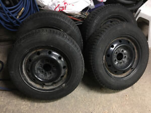WINTER TIRES ON RIMS AND BALANCED - SIZE 195-65-15