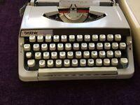 Typewriter in excellent condition