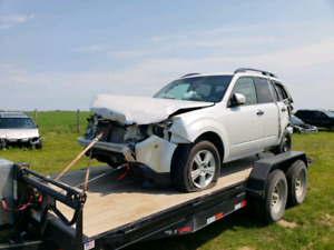 PARTING OUT / WRECKING: 2011 SUBARU FORESTER * PARTS *