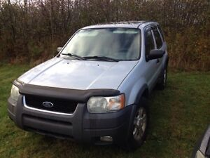 2004 Ford Escape For Parts