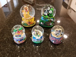 5 Snowglobes for $15