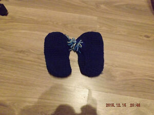 Knitted slippers,new