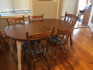 Moving Sale - Dinning Table + 6 chairs for sale