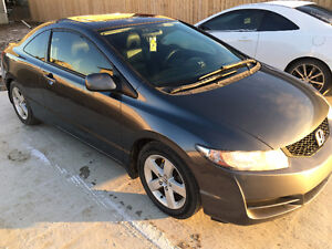 2010 Honda Civic Coupe (2 door) Moose Jaw Regina Area image 1