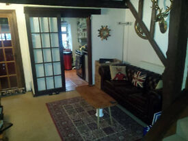 Houseshare / Room to Let.