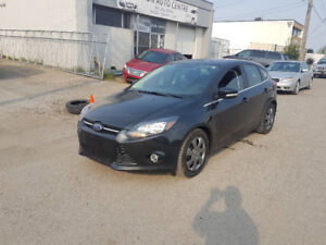 2013 Fod Focus Titanium, Navi, backup cam, Leather, 82,000 km