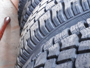 255 70 16 x4 Beefy avalanche snow tires