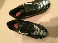 Girls Soccer Shoes Size 10 (2 pairs available)