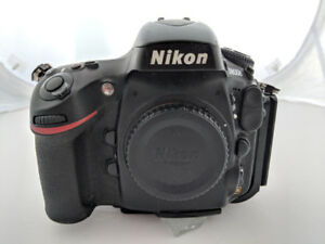 Nikon D800E body + L bracket + 2 batteries + charger + 3 CF card