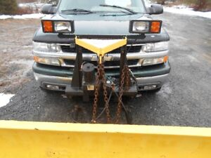 8 foot minute mount plow off 2003 suburban works excellent