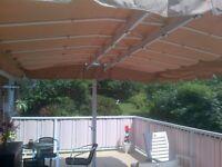 auvent rétractable pour terrasse ou patio,piscine, 13 par 13 pi.