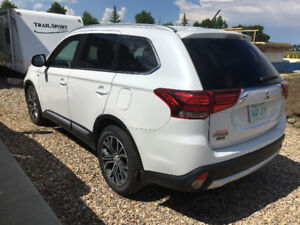2016 MITSUBISHI OUTLANDER GT w/ 10 year warranty
