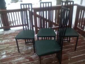 Set of 4 metal kitchen chairs