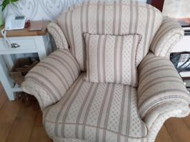 suite an 2x arm chair
