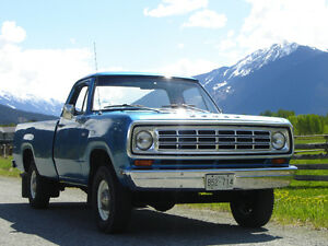 Dodge W100 Power Wagon