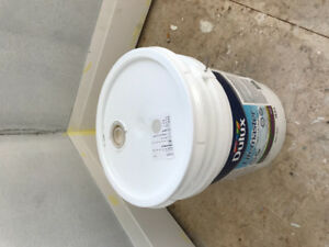 Paint premium - 5 gallons - balboa mist oc-27 walls Matt finish