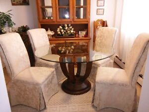 Contemporary glass top table & 4 chairs