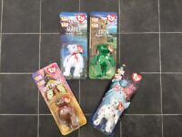 RONALD MCDONALD FULL SET OF 4 ORIGINAL 1999 BEANIE BABY BEARS. STILL IN THEIR PACKAGES