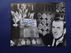 Dave Keon Signed Maple Leafs 10 x 8 Black and White Photo W/COA