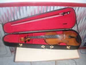 Older violin, case and bow