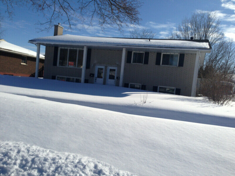 5-1/2 APARTMENT FOR RENT/ CHAMPLAIN DRIVE, CORNWALL, ON ...