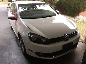 LIKE NEW SHAPE VW GOLF