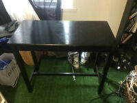LIVING ROOM TABLE - BLACK - GOOD CONDITION - ABLE TO DELIVER