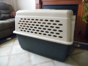 XL PETMATE DOG CRATE
