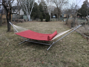 Gorgeous hammock with stand
