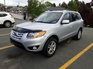 Clean Car, 2010 Hyundai Santa Fe SUV, AWD,