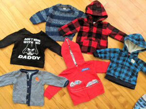 70 pieces - Fall Boy clothes 3-7 months