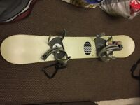 Used 153cm snowboard, bindings and bag