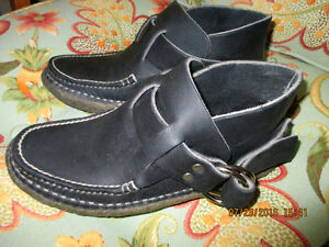 Quoddy Women's Black Leather Ringboot - Mocassin  ** REDUCED ** London Ontario image 3