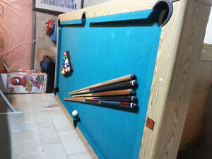 Pool table 8 x 10