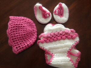 baby diaper holder boots and hat