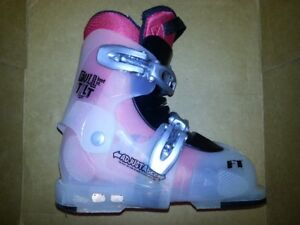 Adjustable kids ski boots size 12-3 (230-250mm) Made in Italy