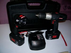 CRAFTSMAN 19.2 VOLT DRILL AND LIGHT SET